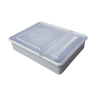 Hranitor pe podisor patrat 1.5 litri cu capac transparent